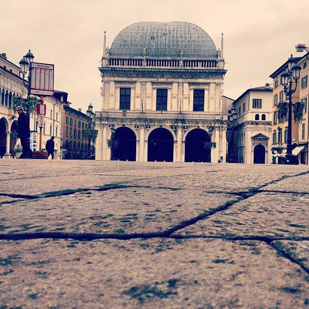 Brescia, Piazza Loggia, Giovanni Arcari