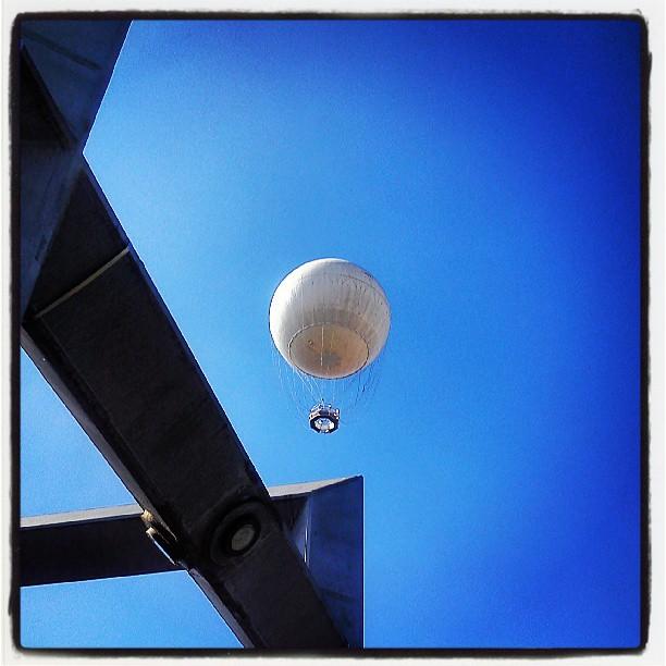 Enodissidenze torino il balon e il cielo blu for Balon torino